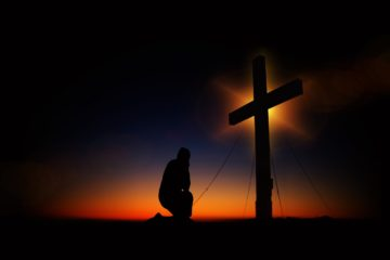 神様に祈るのはどんな時か
