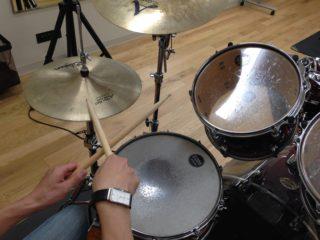 オープンハンド奏法のメリット、デメリット【前編】