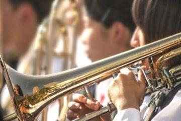 吹奏楽部と軽音部の違い